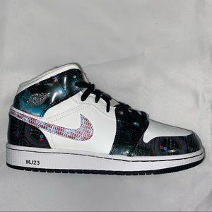 Nike Air Jordan 1 Mid Take Flight Galaxy 7Y 8.5